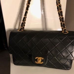 Auto CHANEL Classic Black Lambskin Double Flap